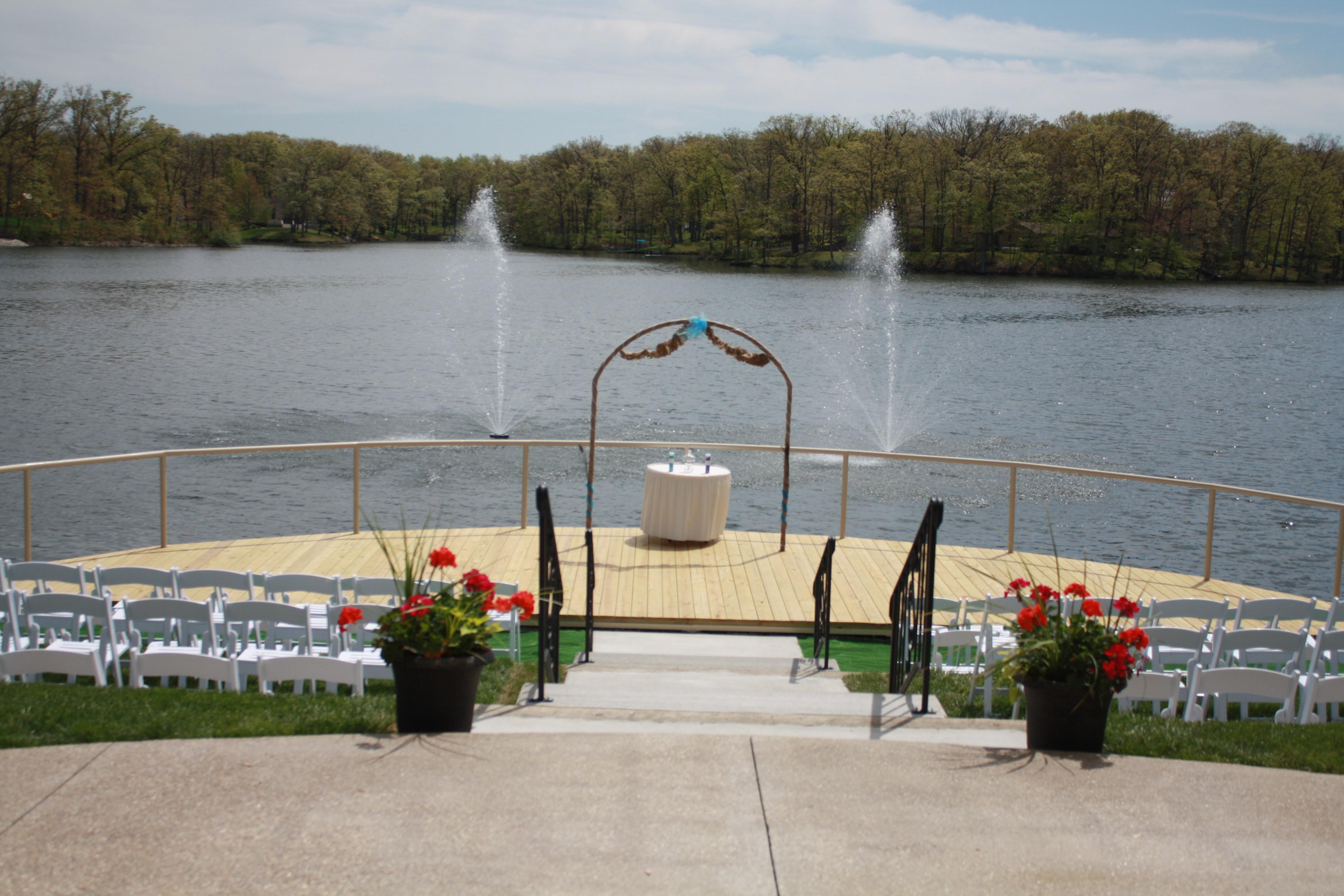 Lakeside Outdoor Wedding Pier — Oak Terrace Resort & Spa
