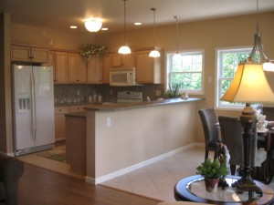 585 A Kitchen 1